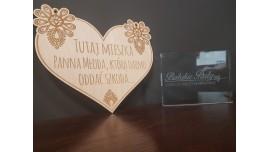 Tabliczka drewniana na drzwi Tutaj Mieszka Panna Młoda